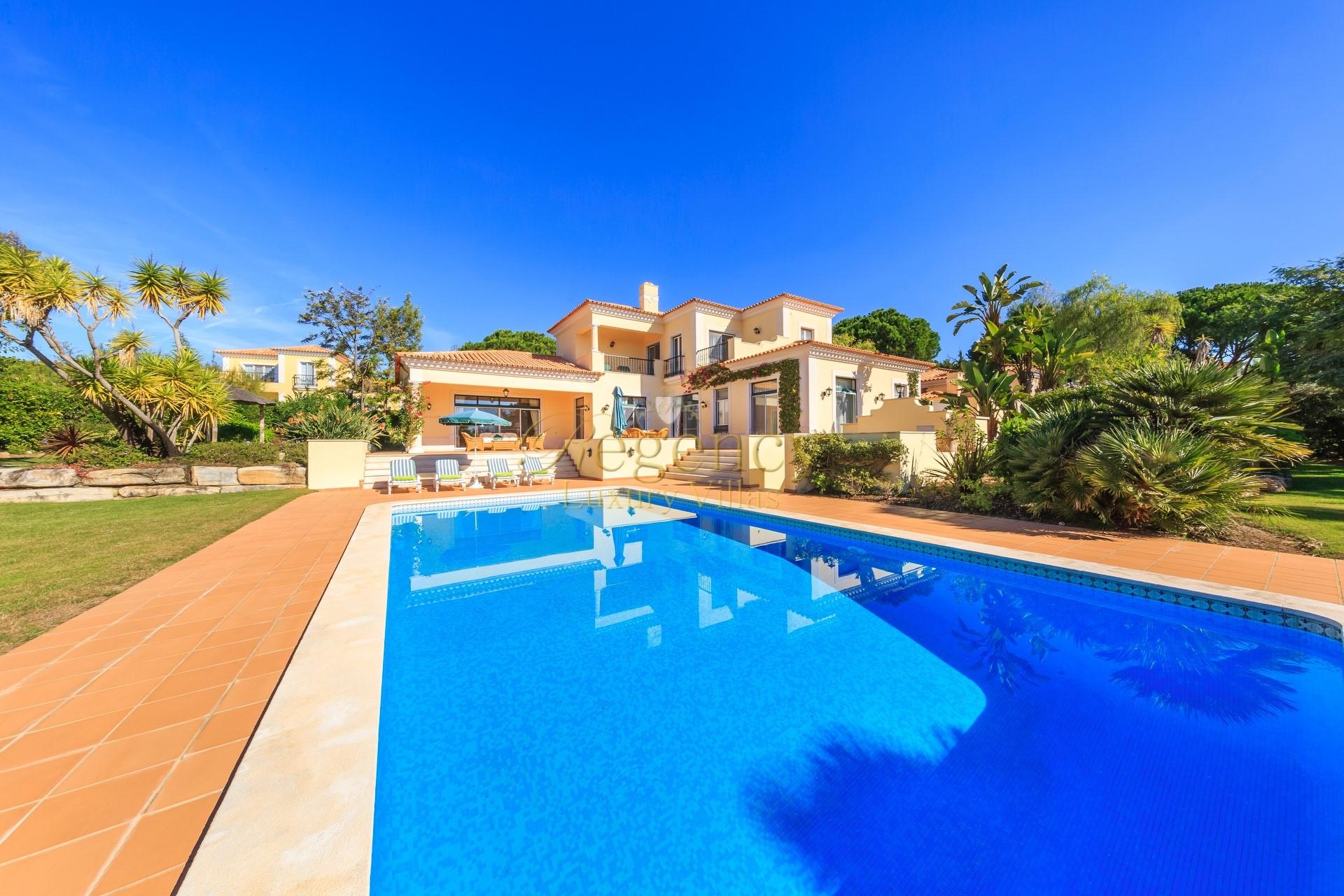 4 Bedrooms Luxury Villa To Rent In The Vale Do Lobo Resort Fazenda Santiago With Private Swimming Pool Luxury Villa Rental Algarve Portugal Villa Inca Rose Regency Luxury Villas44