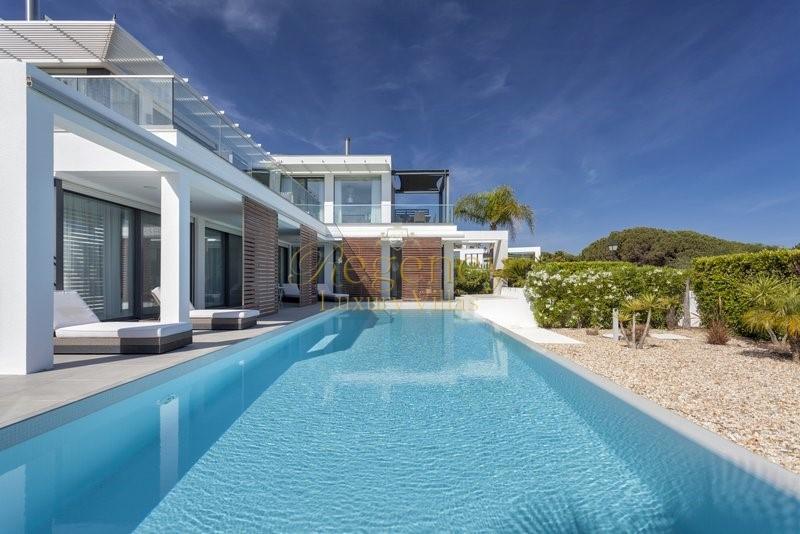 4 Bed Luxury Villa To Rent Family Holidays In Vale Do Lobo Portugal Regency Luxury Villas 1