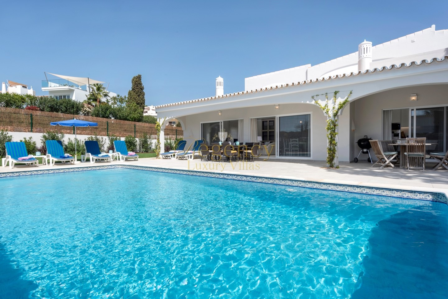 Luxury villa to rent in Quinta do Lago with 4 bedrooms