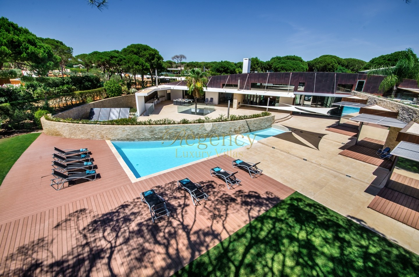 Villa To Rent In Vilamoura 6 Bedrooms Portugal