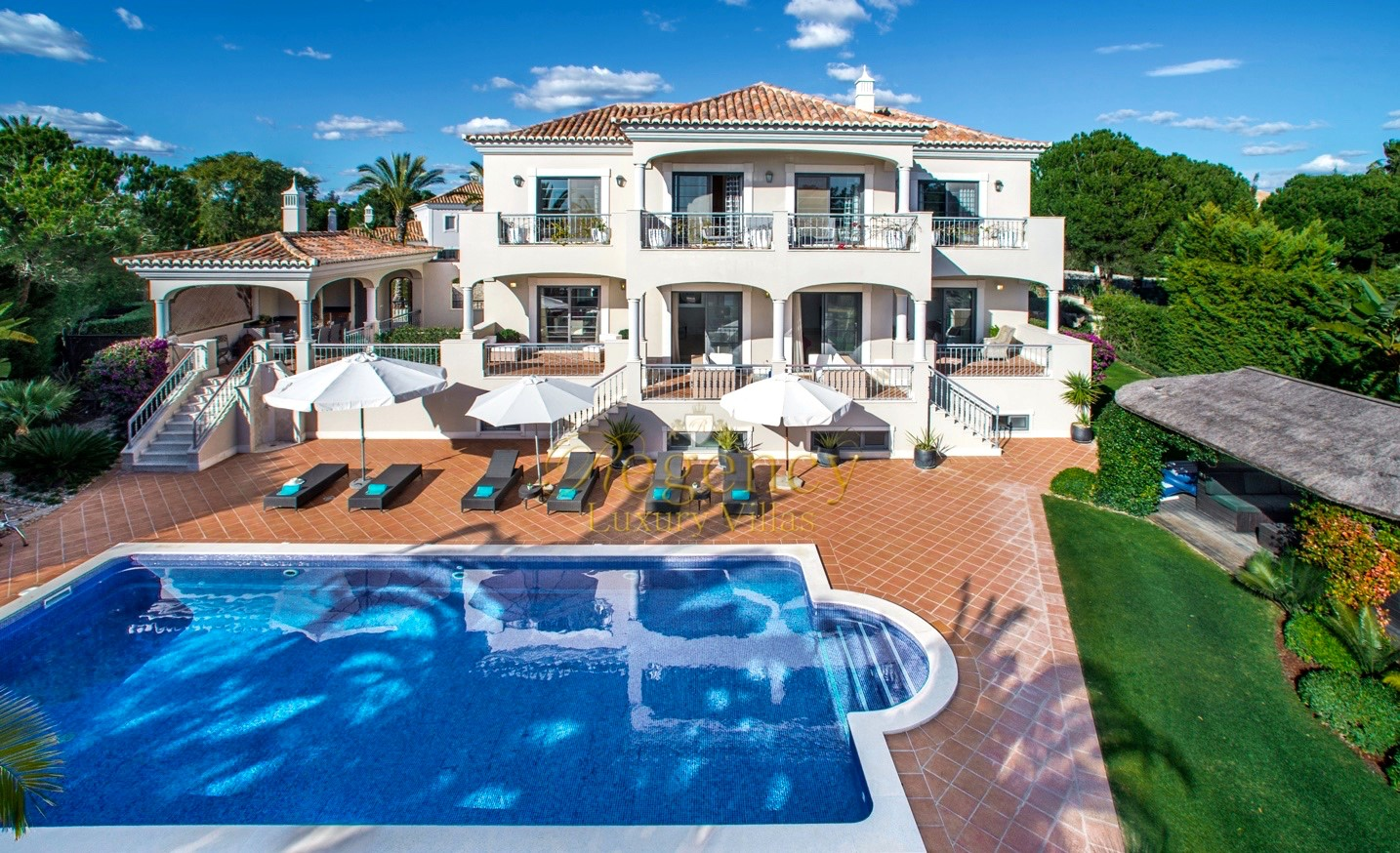 Luxury Villa To Rent In The Algarve