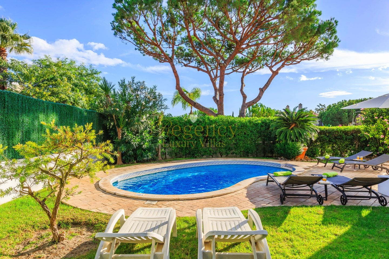 3 Bed Property To Rent Dunas Douradas