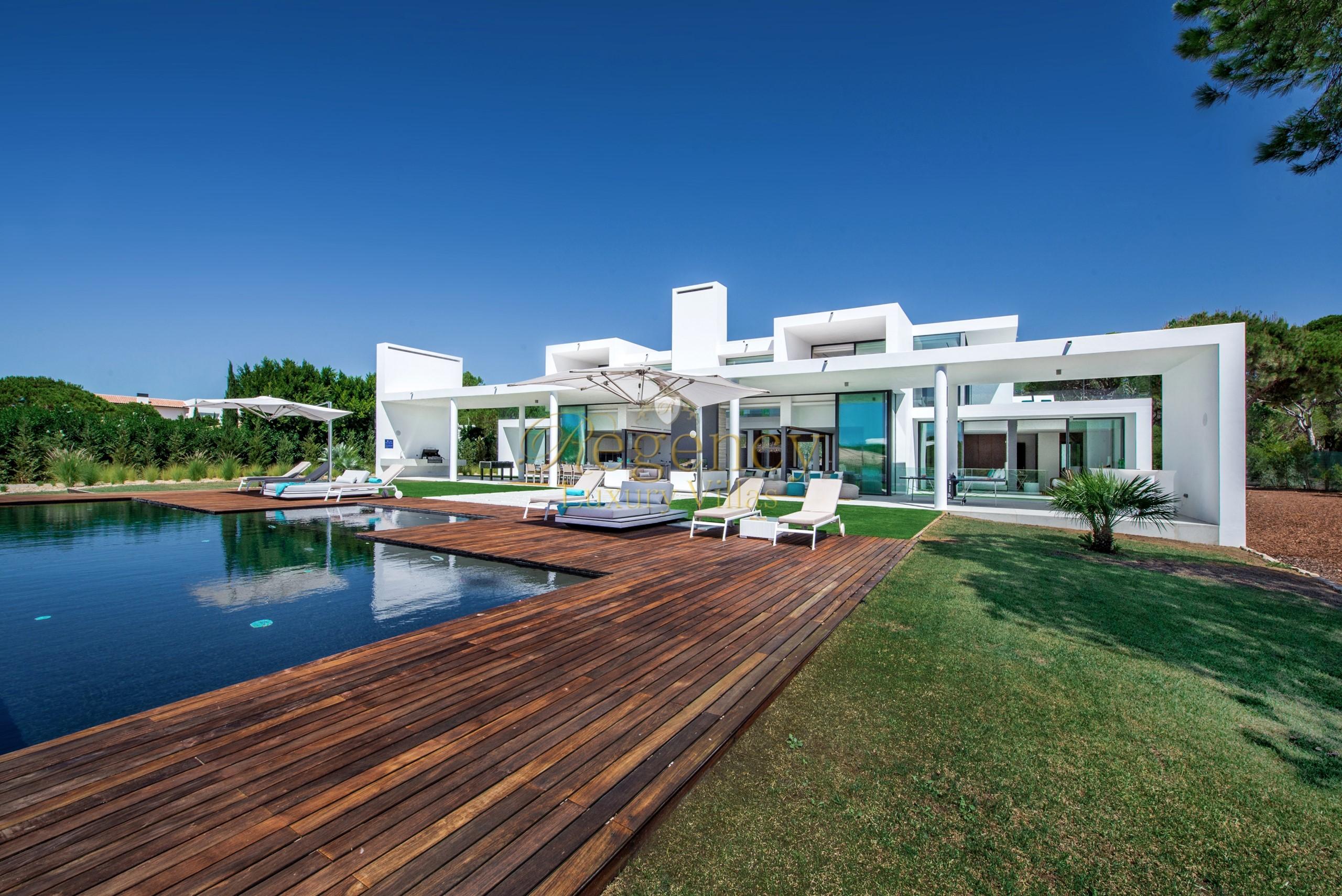 Contemporary 6 Bedrooms Luxury Villa To Rent In The Vilamoura Resort Pinhal Velho Near The Golf Course Algarve Portugal Villa Millennium Regency Luxury Villaspinhal Velho 51 50 30