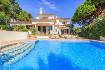 Vale Do Lobo Luxury Villas to Rent | 4 Bedrooms