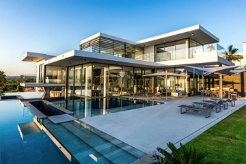 Villa contemporaine de 6 chambres, situé à Vale do Lobo, à proximité de la plage