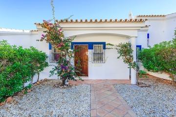 Luxury Townhouse to Rent in Vale do Lobo | 2 Bedrooms