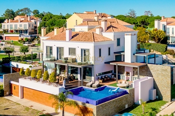 Vale do Lobo Luxury Villa to Rent | 3 Bedrooms