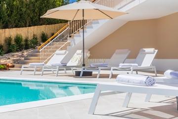 Luxury Villa with pool to rent in Quinta do Lago   4 Bedrooms