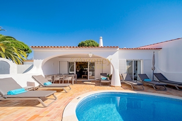 Luxury Villa to Rent in Vale do Lobo | 3 Bedrooms